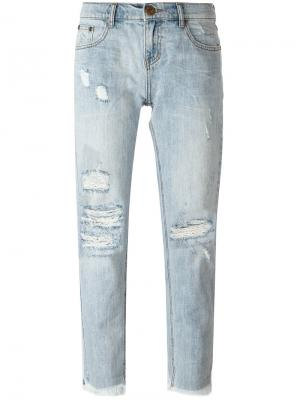 Укороченные джинсы с потертой отделкой One Teaspoon. Цвет: синий