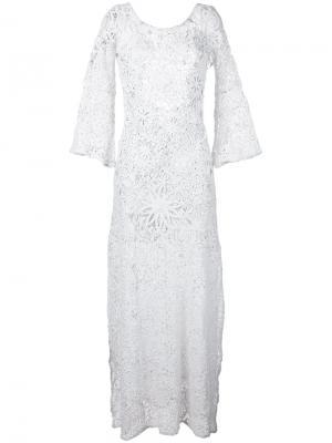 Платье с цветочной вышивкой Anjuna. Цвет: белый