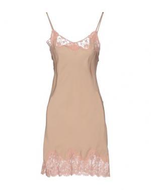 Короткое платье FALCON & BLOOM. Цвет: розовый