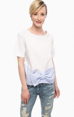 Трикотажная блуза с бантом POIS. Цвет: белый