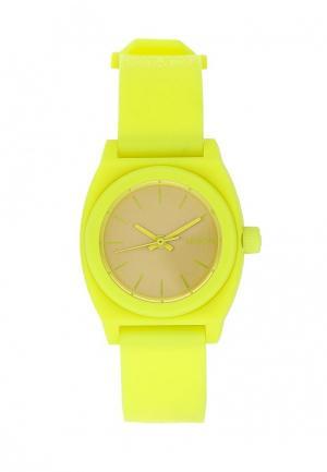 Часы Nixon. Цвет: желтый