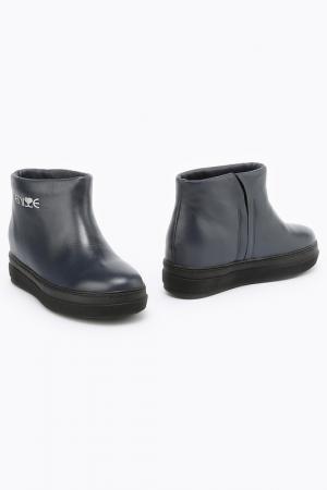 Ботинки ENISSE. Цвет: синий, кожа
