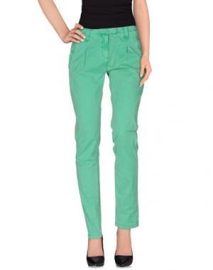 Повседневные брюки SOCCX. Цвет: зеленый