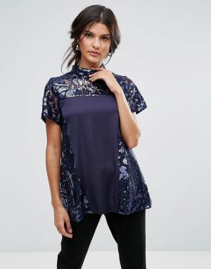 Closet London Блузка с высоким воротом, короткими рукавами и пайетками. Цвет: синий