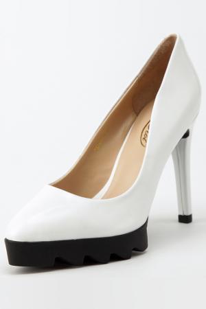 Туфли Rosa rot. Цвет: белый