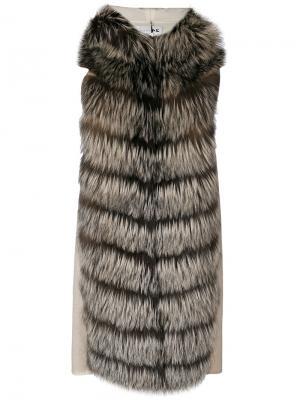 Лисья шуба с капюшоном без рукавов Manzoni 24. Цвет: телесный