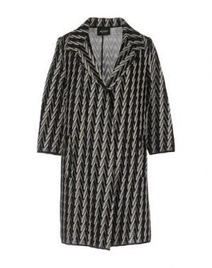 Легкое пальто NEERA. Цвет: черный