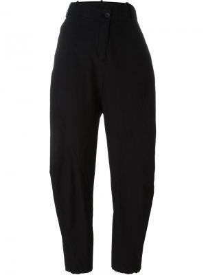 Зауженные к низу брюки Masnada. Цвет: чёрный