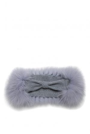 Повязка на голову с отделкой из меха песца SO-182379 Mooffi. Цвет: серый