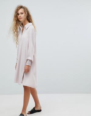 Love Платье-рубашка с длинными рукавами. Цвет: розовый