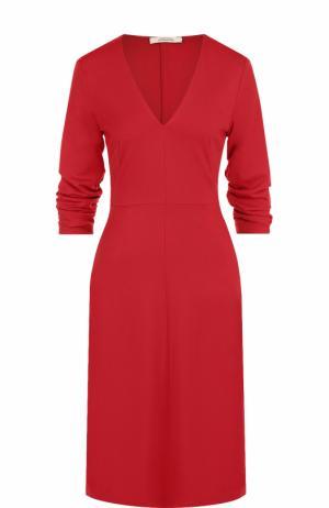 Приталенное платье-миди с V-образным вырезом Dorothee Schumacher. Цвет: красный