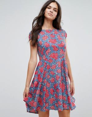 Anmol Приталенное платье со свободной юбкой и принтом. Цвет: красный