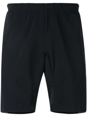 Спортивные шорты с карманами на молнии Sàpopa. Цвет: чёрный