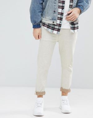 ASOS Светло-бежевые зауженные джинсы. Цвет: белый