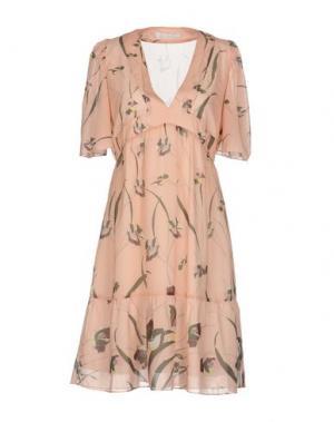 Короткое платье KRISTINA TI. Цвет: розовый