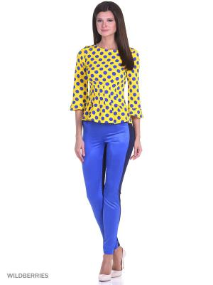 Эффектная блузка в яркий горох с защипами на талии и воланом рукаве RIJJINI. Цвет: желтый, синий