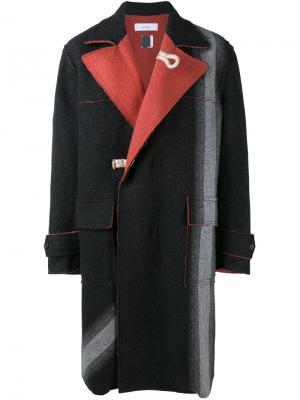 Пальто с контрастными лацканами Facetasm. Цвет: серый