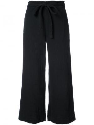 Укороченные широкие брюки Raquel Allegra. Цвет: чёрный
