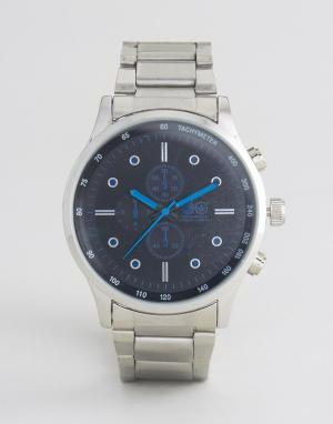 Crosshatch Серебристые часы с черным циферблатом и синими указателями. Цвет: серебряный
