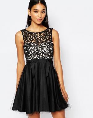 Lipsy Платье мини для выпускного с вырезным узором и юбкой из тюля. Цвет: черный