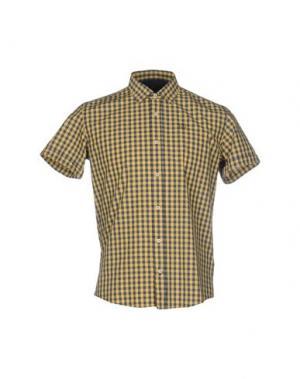 Pубашка DUCK AND COVER. Цвет: желтый