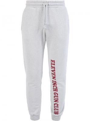 Спортивные брюки Vetements. Цвет: серый