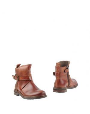 Полусапоги и высокие ботинки JARRETT. Цвет: какао
