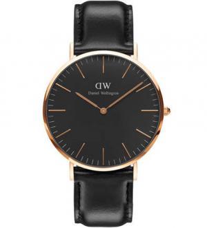 Часы с черным циферблатом Daniel Wellington