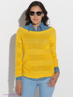 Джемпер GUESS. Цвет: желтый