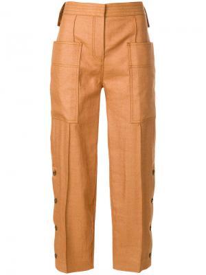 Укороченные брюки карго Victoria Beckham. Цвет: коричневый