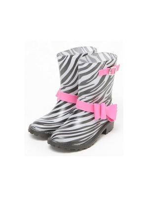 Резиновые сапоги King Boots. Цвет: черный, белый