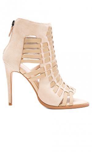 Обувь на каблуке eidetic JAGGAR. Цвет: беж