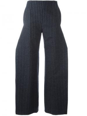 Расклешенные брюки Jacquemus. Цвет: серый