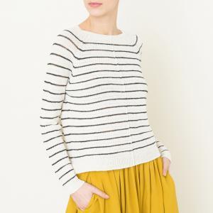 Пуловер в полоску с круглым вырезом POMANDERE. Цвет: экрю
