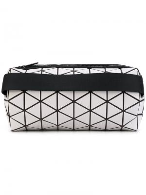 Geometric print cylinder clutch Bao Issey Miyake. Цвет: белый