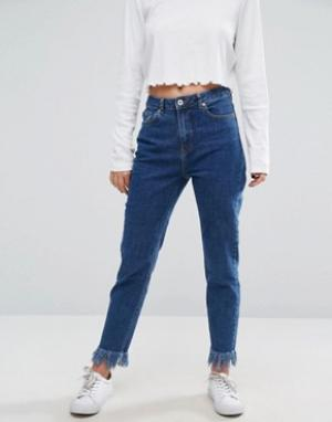 Missguided Укороченные джинсы слим с необработанными краями. Цвет: синий