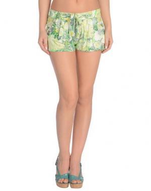 Пляжные брюки и шорты JUST CAVALLI BEACHWEAR. Цвет: кислотно-зеленый