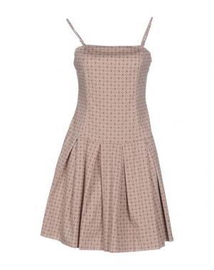 Короткое платье RISSKIO. Цвет: розовый