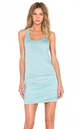 Плиссированное платье с широким вырезом и y-образными шлейками на спине Michael Stars. Цвет: синий