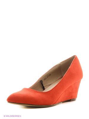 Туфли Reserved. Цвет: красный