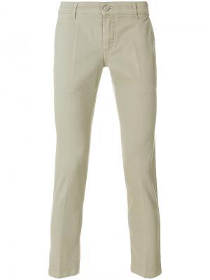 Укороченные брюки узкого кроя Entre Amis. Цвет: телесный