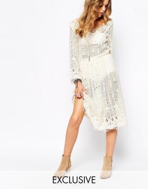Spiritual Hippie Платье миди в стиле кроше. Цвет: бежевый