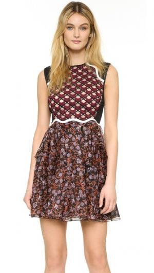 Платье с вышивкой Giambattista Valli. Цвет: красный