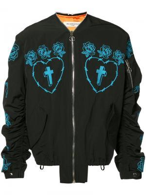 Куртка-бомбер с вышитыми розами Mr. Completely. Цвет: чёрный
