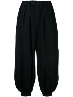 Укороченные брюки-шаровары Astraet. Цвет: чёрный
