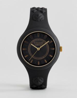 Versus Versace Черные часы с силиконовым ремешком SOQ05 Fire Island. Цвет: черный
