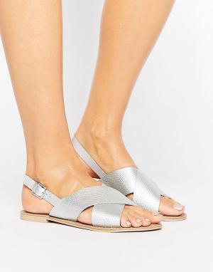 Faith Кожаные сандалии цвета металлик. Цвет: серебряный