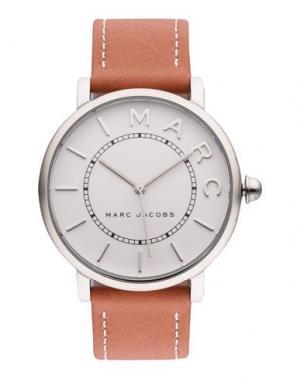 Наручные часы MARC JACOBS. Цвет: белый