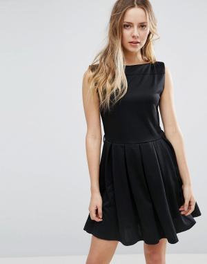 Jasmine Короткое приталенное платье с юбкой плиссе. Цвет: черный