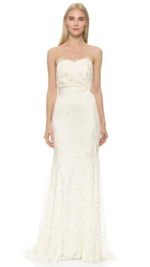 Кружевное платье без бретелек с вырезом сердечком Theia. Цвет: оттенок белого
